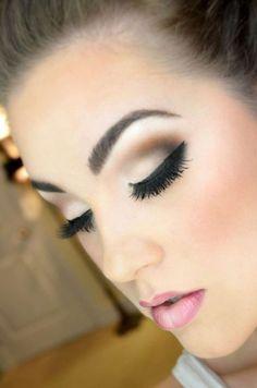 Makeup for brown eyes - 68 photos of the best ideas - Makeup for brown eyes, prom makeup with eyelash extensions.#MakeupCollection#MakeupForBeginners#MakeupAndNails
