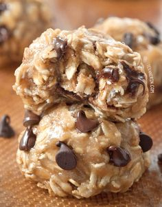 No-bake Peanut Butter Chocolate Chip Cookies {naturally gluten-free, vegan, dairy-free, 100% whole grain and maple sweetened}