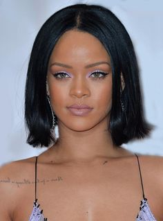 Rihanna Hairstyle Medium Lob Straight Lace Front Synthetic Hair Wig 12 Inches