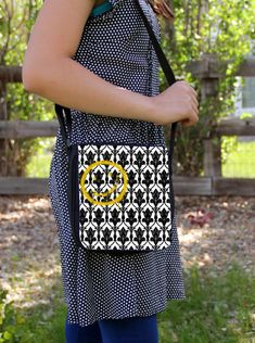 SHERLOCK  Bored Smiley  Small Messenger / by ConsultingFanGeeks