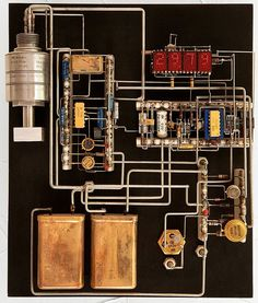 Jim Williams - Electronic Sculpture http://cheapcoolelectronics.weebly.com/