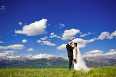 Mountain top ceremony at the Vail Wedding Deck, Colorado. Photo courtesy of Dreamtime Images. #mountainweddings