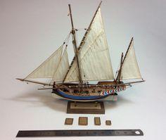 """Esta embarcación siciliana aparece referenciada e ilustrada en la obra """"Les caboteurs et pêcheurs de la còte de Tunisie"""" que el marino francés P.-A. Hennique publicó en 1888 a raíz de u…"""