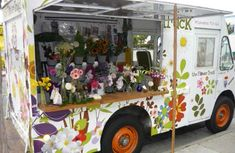 The Flower Truck can set up shop at events, offering flowers for attendees. Photo: Courtesy of Flower Truck