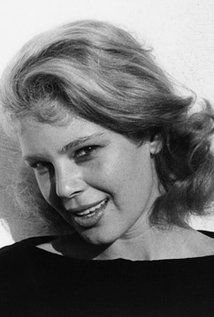 Betsy Palmer (1926–2015 May 29, 2015 (age 88) in Danbury, Connecticut) Actress Betsy Palmer was probably best known for playing Jason Voorhees' mother in the horror film Friday the 13th (1980), but her career as an actress began many years before. Palmer was born Patricia Betsy Hrunek in East ChicagoPicture