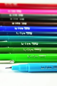 Le Pens - I have these at work and at home! They're so cute on display in a pencil cup and they write wonderfully! Life Planner, Happy Planner, Day Planners, Personal Planners, School Supplies, Art Supplies, Office Supplies, Best Pens, Planner Organization