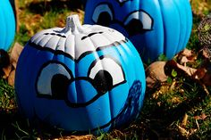 Smurf pumpkins...I wonder if I could paint these?  Very cute.