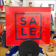 Square Sign, Round Mount, Big Sale Announcement – Fixtures Close Up Sale Signage, For Sale Sign, Store Displays, Typography Logo, Announcement, Retail, Pop, Signs, Uniqlo