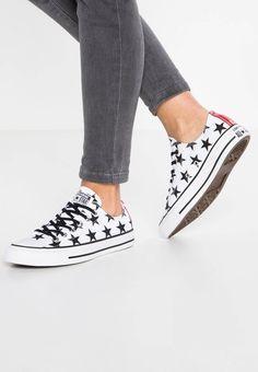 CHUCK TAYLOR ALL STAR OX CANVAS PRINT - Sneaker low - white/black. Fütterungsdicke:kalt gefüttert. Verschluss:Schnürung. Decksohle:Textil. Obermaterial:Textil. Materialkonstruktion:Canvas. Muster:print. Sohle:Kunststoff. Schuhspitze:rund. Absatzform:flach. Innenma...