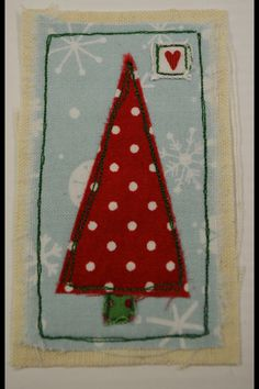 40 Trendy ideas for sewing crafts gifts yards Christmas Card Crafts, Christmas Sewing, Christmas Embroidery, Christmas Cards To Make, Christmas Art, Freehand Machine Embroidery, Free Motion Embroidery, Fabric Cards, Fabric Postcards