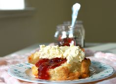 This month's recipe for sweet lemon scones offers a delicious variation on a Scottish tradition. Irish Recipes, Jam Recipes, Wine Recipes, Baking Recipes, Gooseberry Jam, Bread Bar, Lemon Scones, Breakfast Cookies