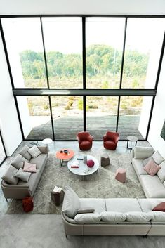 Find out more about the Bretagne Sofas by Poltrona Frau Style & Design Centre and explore Poltrona Frau's furniture collection. Sofa Furniture, Luxury Furniture, Furniture Design, Kb Homes, Large Ottoman, Modular Sofa, Furniture Companies, Handmade Furniture, Furniture Collection