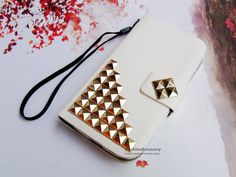 Hey, I found this really awesome Etsy listing at https://www.etsy.com/listing/189797488/lg-g2-case-lg-g2-wallet-case-studded
