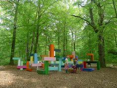 Primary Structure by Jacob Dahlgren is a colorful steel sculpture, tracing lines under the shadow of a beech woodland. It's one of the art instlalations of the Wanås Foundation located in the south of Sweden. Park Landscape, Urban Landscape, Landscape Architecture, Kids Play Spaces, Outdoor Play Spaces, Play Areas, Park Playground, Playground Design, Under The Shadow