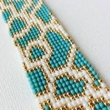 off loom beading techniques Bead Loom Patterns, Craft Patterns, Jewelry Patterns, Beading Patterns, Bracelets Design, Bead Loom Bracelets, Bracelet Crafts, Motifs Perler, Embroidery Bracelets