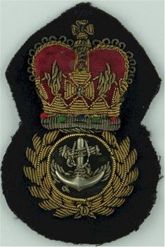 BRITISH ROYAL NAVY WARRANT OFFICERS CAP BADGE CURRENT ISSUE QUEEN/'S CROWN PADDED