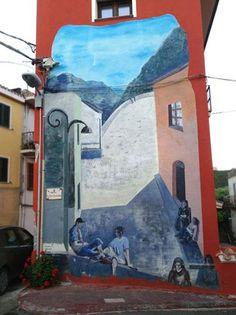 #MURALES...A #TRIEI (OG) realizzato da Marcello Rosas - Artelier con alcuni ragazzi dell'Istituto d'Arte di Oristano #streetart #muralesdisardegna #Ogliastra