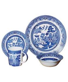 16 Piece Blue Willow Dinner Set. - I actually have these passed down form  sc 1 st  Pinterest & Blue sweet olive dinnerware #kirklands #creativekitchen #dinnerware ...