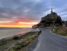 Mont St-Michel : one of the only places in France I've not visited yet.