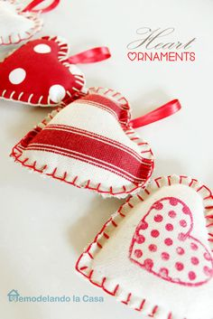 Fabric Heart Ornaments @ Remodelando la Casa   Read more at http://tatertotsandjello.com/2015/01/great-ideas-20-diy-valentines-day-ideas.html#5VOM7BptPPrg5IGO.99