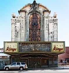 front elevation, Loew's Kings Theatre (1929), 1027 Flatbush Avenue, Flatbush, Brooklyn, New York by lumierefl, via Flickr