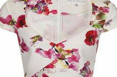 Dorothy Perkins Womens Paper Dolls Rose Print Scuba Top- Pink Structured rose print scuba top with cap sleeves and cross over front, wearing length 42cm 94% Polyester,6% Elastane. Hand wash only /do not tumble dry/ iron on reverse side/ do not dry clean. http://www.comparestoreprices.co.uk/womens-clothes/dorothy-perkins-womens-paper-dolls-rose-print-scuba-top-pink.asp