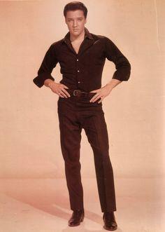 "The Original Elvis Presley, ""Fun in Acapulco"" promotional photo, Lisa Marie Presley, Priscilla Presley, Rock And Roll, Beautiful Men, Beautiful People, Elvis Presley Photos, Rhythm And Blues, Star Wars, Graceland"