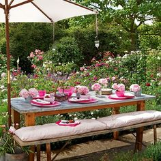 pretty picnic dining at home    #picnic  #table  #garden  #seating  #dining