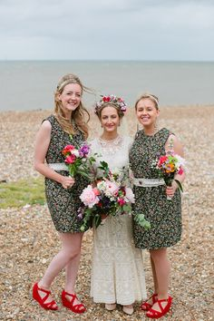 Floral print bridesmaids | Burst of Colour ✈ Mexican Inspired UK Wedding by Tarah Coonan | Fly Away Bride