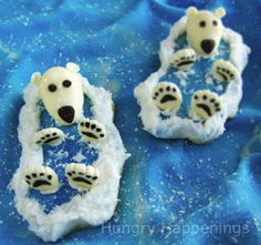 These Polar Bear Cookies are perfect winter crafts for kids to make! By All Free Kids Craft Fun Christmas, Christmas Sweets, Christmas Cooking, Christmas Goodies, Christmas Recipes, Winter Crafts For Kids, Winter Kids, Kids Crafts, Winter Treats