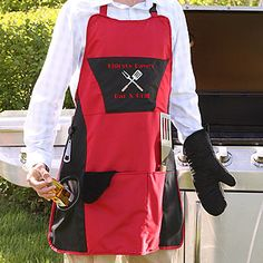 "This ""Grill Master"" Personalized Apron set is SO cool! It comes with an insulated cooler pocket to keep a beer nice and cold! It's the PERFECT Father's Day Gift and it's just $42.95! It comes with a detachable bottle opener, padded oven mitt and towel and you can personalize the top to say whatever you want! #FathersDay #Dad #Apron #Grill #Gift"