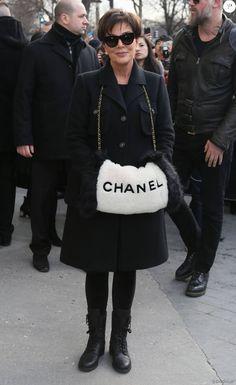 """Kris Jenner - Arrivées au défilé de mode prêt-à-porter """"Chanel"""", collection automne-hiver 2016/2017, à Paris. Le 8 mars 2016 © CVS / Veeren / Bestimage"""