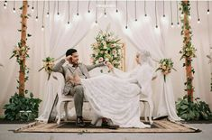 Wedding photography checklist photo ideas check lists 39 New ideas Rustic Wedding Backdrops, Wedding Stage Decorations, Wedding Table Flowers, Backdrop Decorations, Decoration Party, Wedding Rustic, Trendy Wedding, Muslimah Wedding Dress, Muslim Wedding Dresses