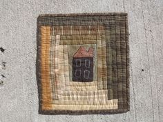"Miniature Quilt - Pattern from ""This Ole House"" - Linda Brannock I must do one for the cottage!!!"