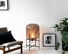 lage vloerlamp glas interieur