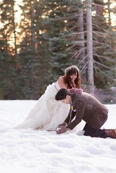 The best thing you can do if it happens… | 38 Couples Who Absolutely Nailed Their Winter Weddings