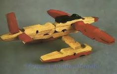 Float plane made from clothespins Wooden Clothespin Crafts, Clothespin Cross, Spool Crafts, Clothespin Dolls, Popsicle Crafts, Craft Stick Crafts, Crafts To Make, Woodworking Projects For Kids, Craft Projects