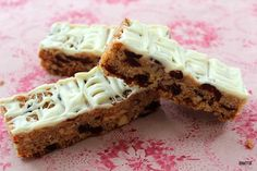 museli bars - add choc.chips, dried druit, nuts looks like another one to try