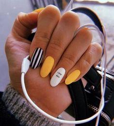 Office nails Miladies net is part of Grey Yellow nails Tips - Office nails Miladies net Summer Acrylic Nails, Best Acrylic Nails, Summer Nails, Acrylic Nails With Design, Nail Ideas For Summer, Acrylic Nail Designs For Summer, Acrylic Nails Yellow, Yellow Nails Design, Acrylic Art