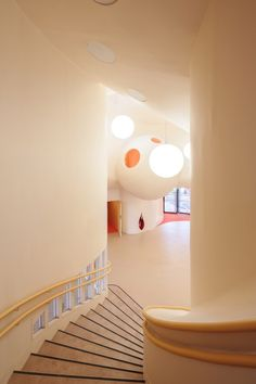 Nursery and Primary School in Saint-Denis,Courtesy of Paul Le Quernec
