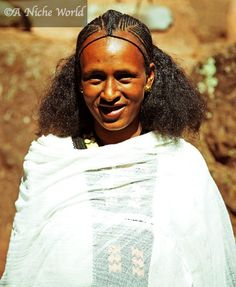 Beautiful Ethiopian women's hairstyles change from town to town and tribe to tribe