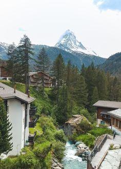 Places In Switzerland, Switzerland Vacation, Lake Thun, Beautiful Places, Most Beautiful, Andermatt, Emerald Lake, Ultimate Travel, Nice View