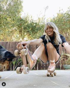 Source d'inspiration et de bonne humeur made in california 🥰 Skateboard, Ballet Shoes, Dance Shoes, Instagram, Inspiration, Fashion, Southern California, Film Photography, Good Mood