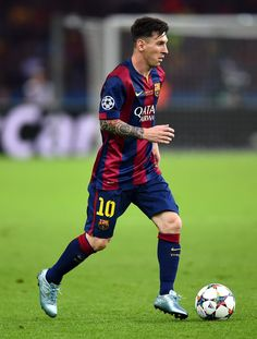 Lionel Messi Photos - Lionel Messi of Barcelona in action during the UEFA Champions League Final between Juventus and FC Barcelona at Olympiastadion on June 2015 in Berlin, Germany. - Juventus v FC Barcelona - UEFA Champions League Final Fc Barcelona, Lionel Messi Barcelona, Messi Pictures, Messi Photos, Messi 2015, Leonel Messi, Messi Soccer, Classic Football Shirts, Don Juan