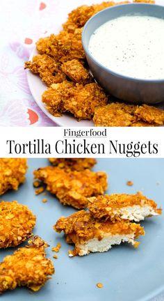 Schnell, lecker & einfach - Rezept: Tortilla Chicken Nuggets mit Honig-Senf-Dip | #Hähnchen #Fingerfood #Partyfood #Tortilla #Dip #Rezept waseigenes.com  Blog