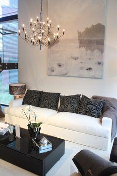 musta-valkoinen-harmaa | Asuntomessut 2015 Vantaa | Urban Villa | Balmuir