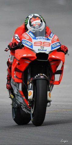Racing Motorcycles, Motorcycle Bike, Ducati, Yamaha, Motogp Valentino Rossi, Race Around The World, Sportbikes, Gladiators, Street Bikes