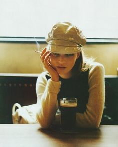 Kate Moss - pint and cap