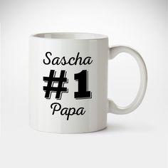 Frühstück kann unangenehm sein, allein dadurch, dass es meistens morgens ist. Unsere personalisierte Tasse #1 Papa bringt einen kleinen Lichtblick in den frühen Morgen.