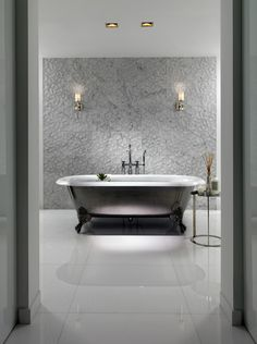 Master Bath 1B(Small).jpg